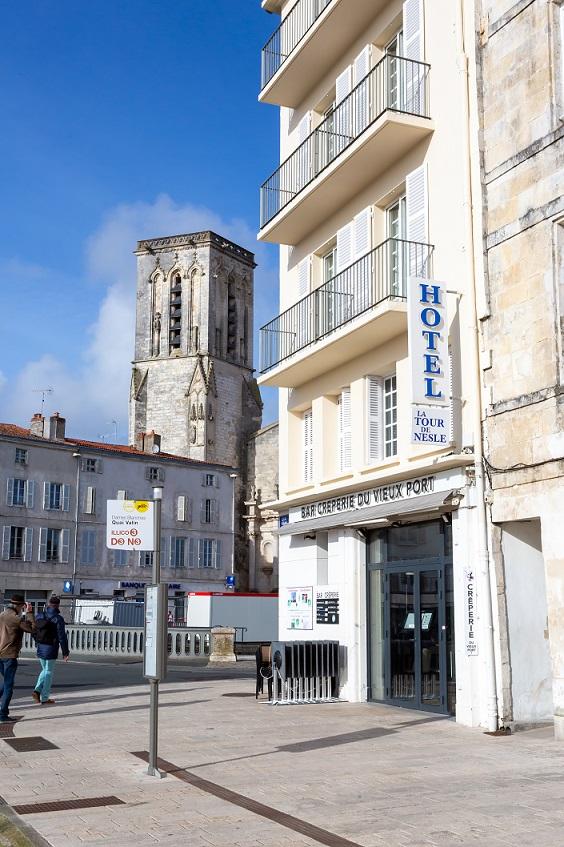 La-Tour-De-Nesle_02-20_YH-9800